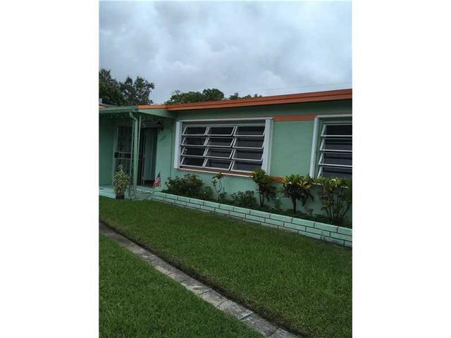 1720 NW 187th St, Miami Gardens, FL 33056