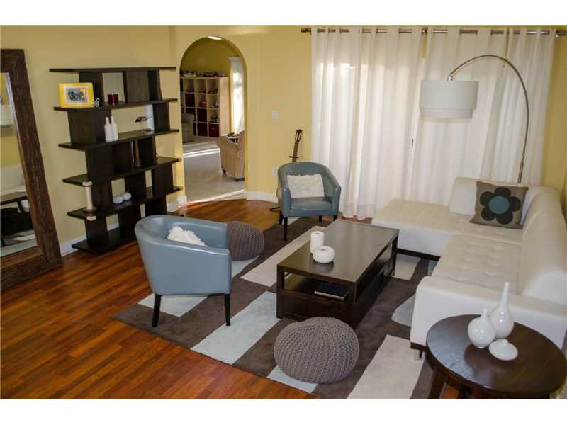 5216 NW 113th Place, Doral, FL 33178