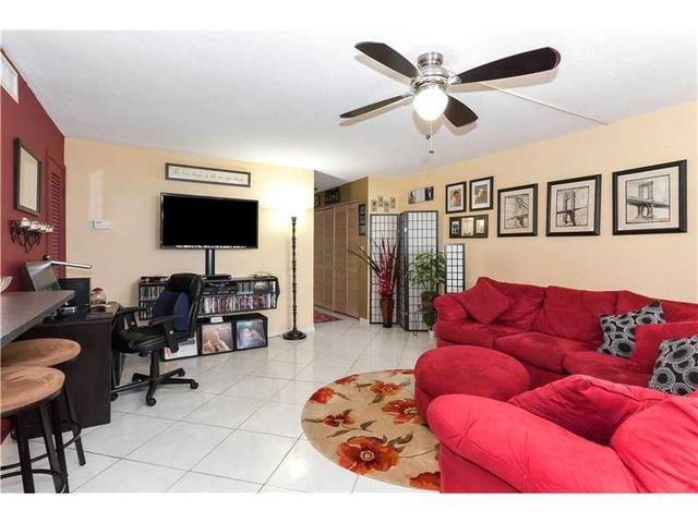 1811 Jefferson St #506, Hollywood, FL 33020