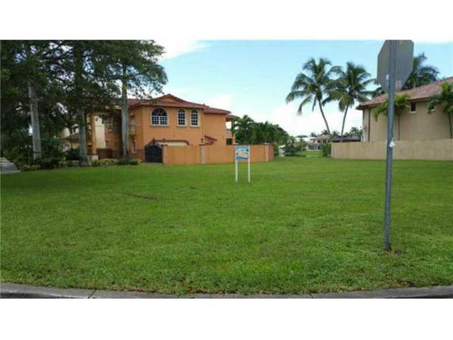 Royal Oaks Miami Lakes Real Estate Homes For Sale Movoto