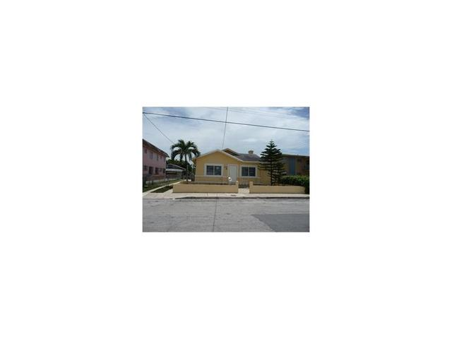 2134 SW 3rd St, Miami, FL 33135