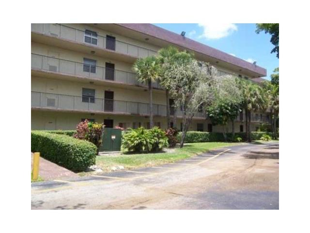3000 NW 48th Ter #417, Lauderdale Lakes, FL 33313