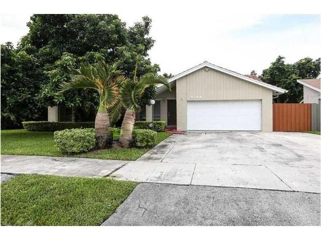 9344 SW 170 Ln, Palmetto Bay, FL 33157