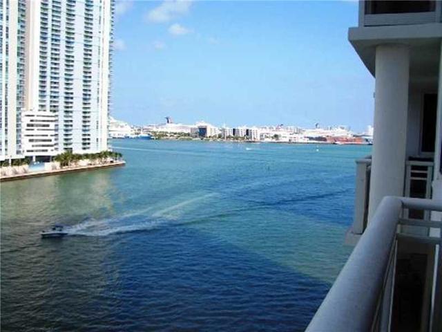 901 Brickell Key Bl #805, Miami, FL 33131