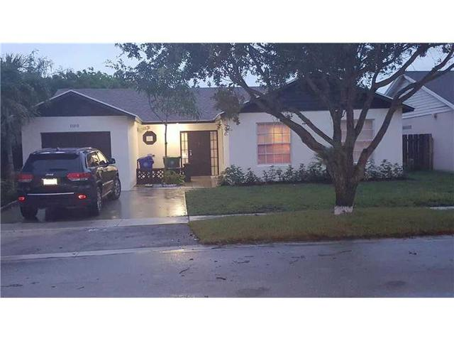 1100 SW 87th Ter, Pembroke Pines, FL 33025