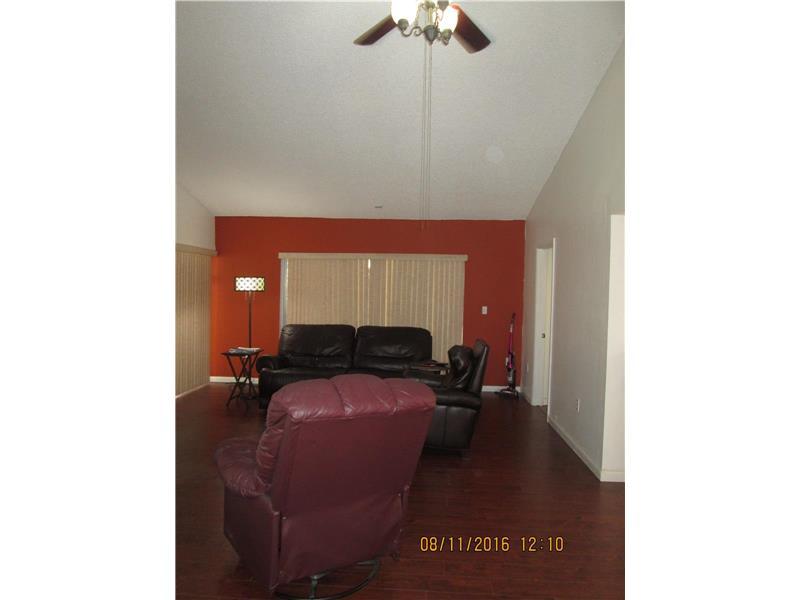 1302 Redstart Court, Homestead, FL 33035