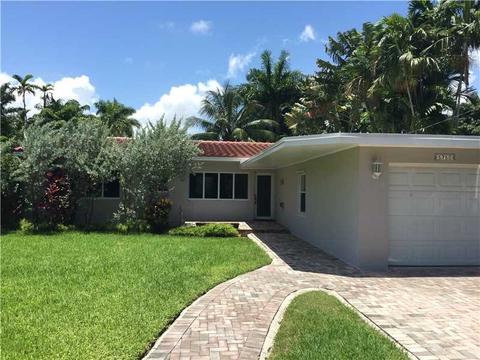 5750 Alton Rd, Miami Beach, FL 33140