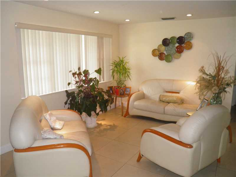 7830 NW 12th Street, Pembroke Pines, FL 33024