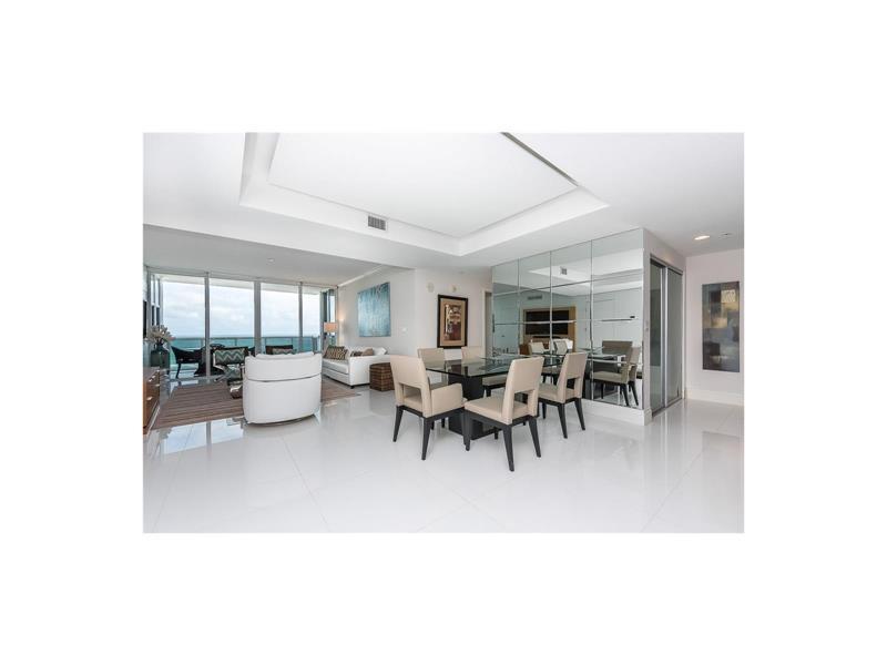 18201 Collins Avenue #1206, Sunny Isles Beach, FL 33160