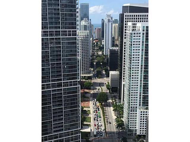 200 Biscayne Blvd W #4408, Miami, FL 33131
