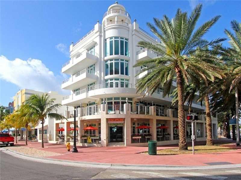 448 Ocean Dr #303, Miami Beach, FL 33139