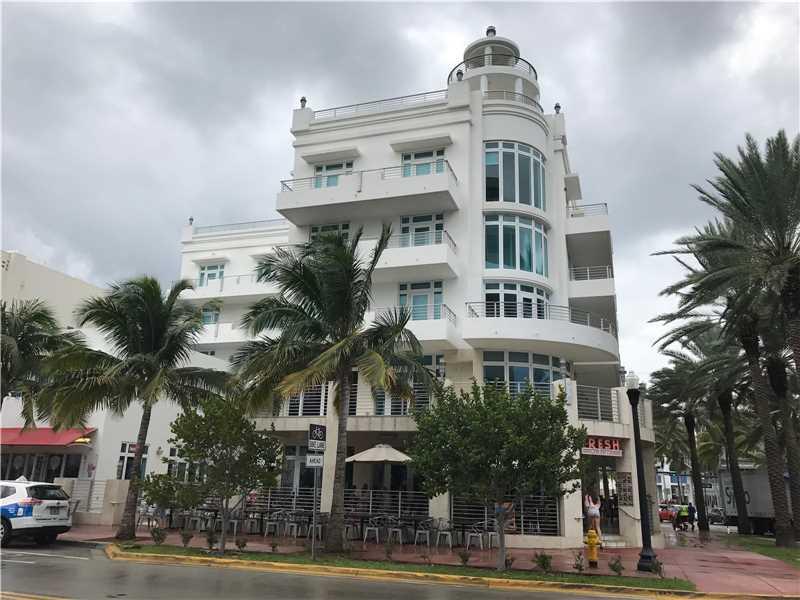 448 Ocean Drive #303, Miami Beach, FL 33139