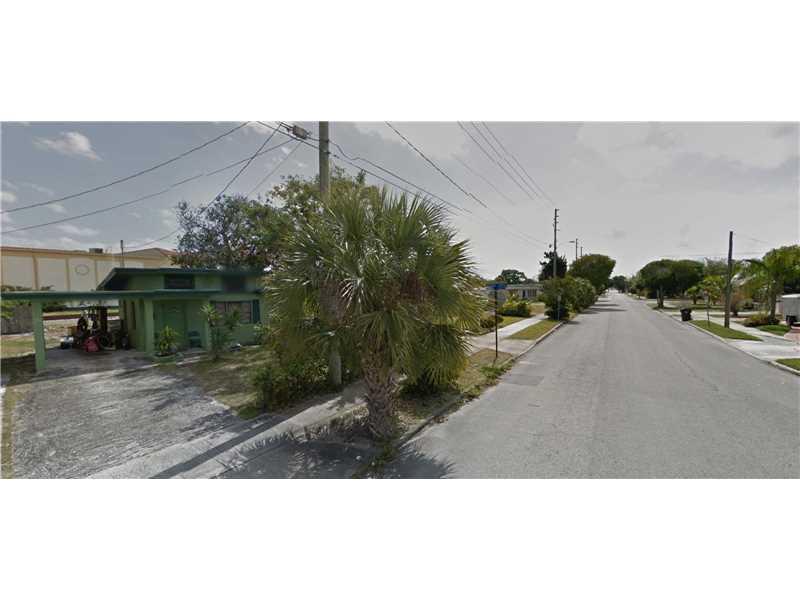 4020 Greenwood Avenue, West Palm Beach, FL 33407