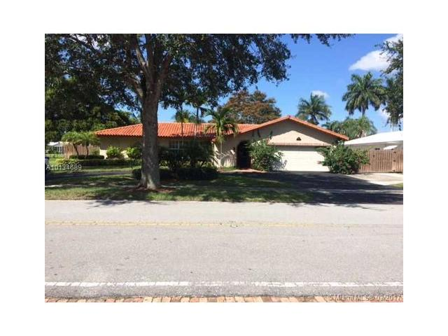 251 W Tropical Way, Plantation, FL 33317