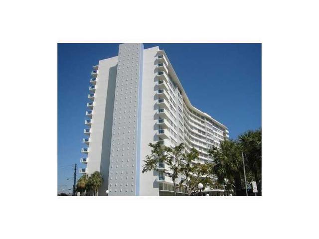 7441 Wayne Ave #2Q, Miami, FL 33141