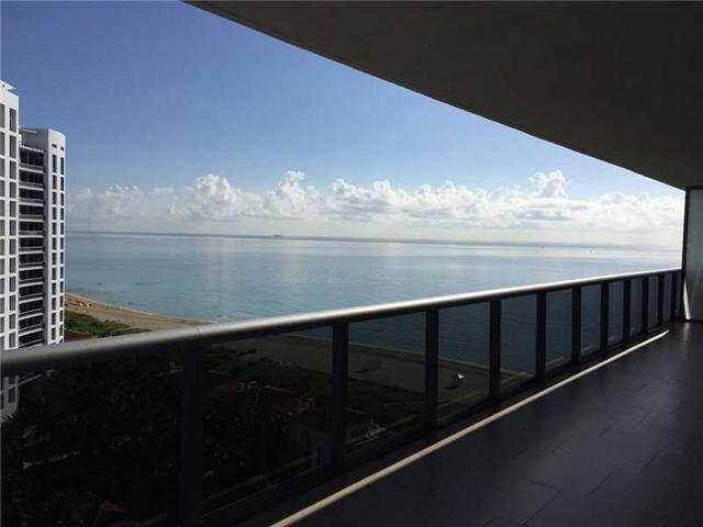 5875 Collins Ave #1707, Miami Beach, FL 33140