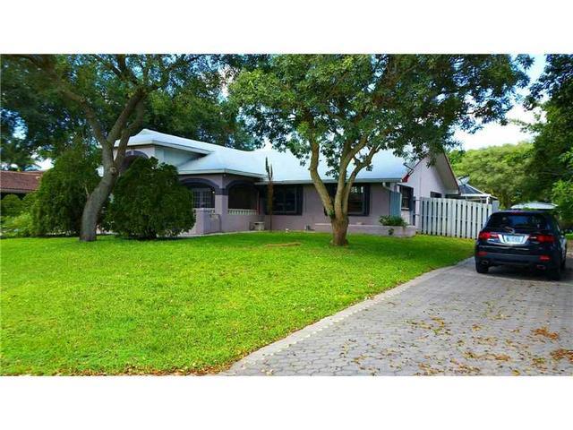 14011 SW 17 St, Davie, FL 33325