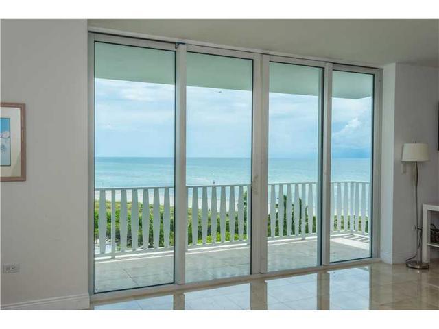 200 Ocean Lane Dr #707, Key Biscayne, FL 33149