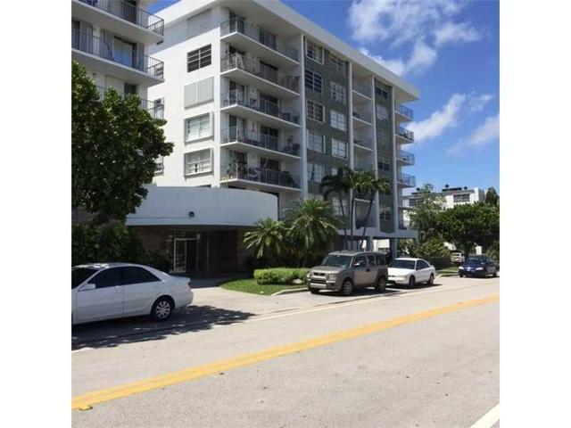 1050 93rd St #5H, Bay Harbor Islands, FL 33154