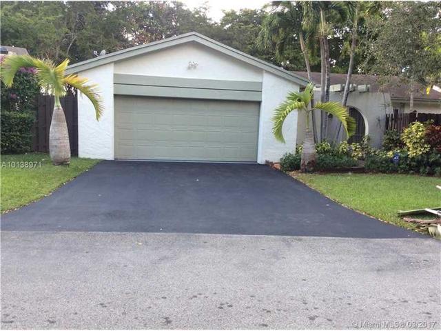 13568 SW 108th Street Cir, Miami, FL 33186