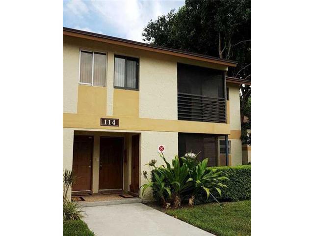114 Gardens Dr #204, Pompano Beach, FL 33069