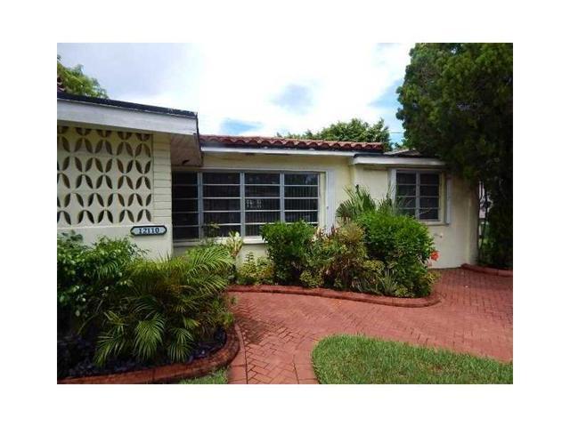 12110 NE Miami Ct, North Miami, FL 33161