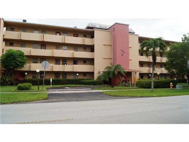 1501 NE 191st St #C320, Miami, FL 33179