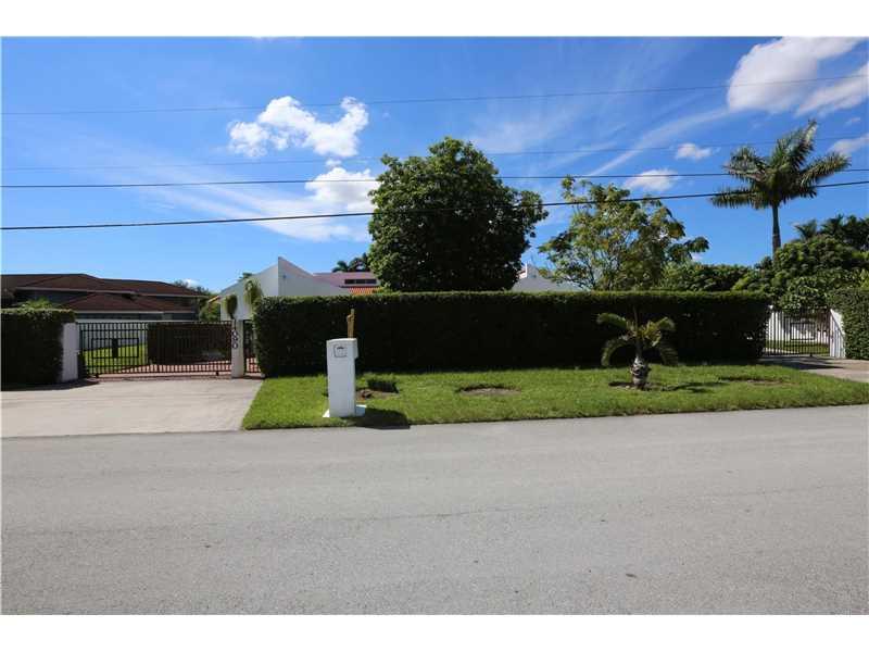 14090 SW 34th Street, Miami, FL 33175
