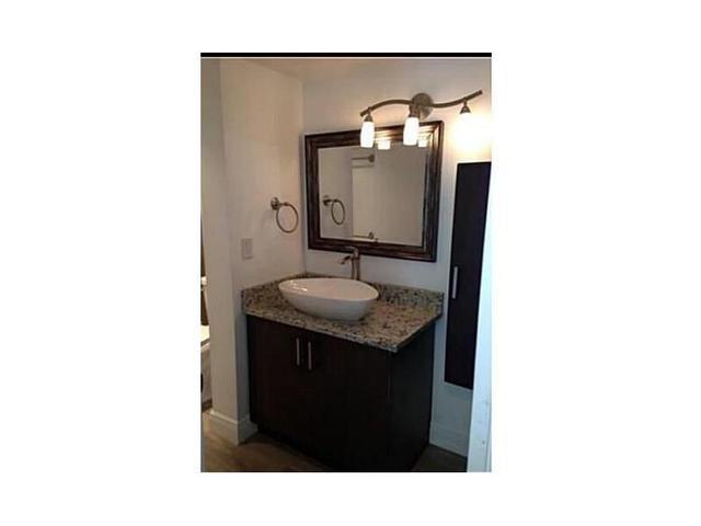 8870 Fontainebleau Blvd #410, Miami, FL 33172
