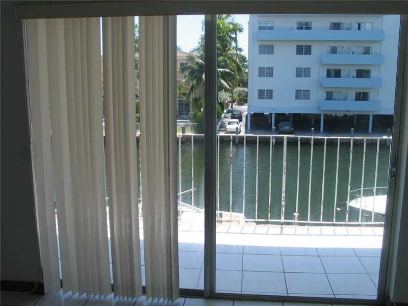 3868 NE 169th Street #303, North Miami Beach, FL 33160
