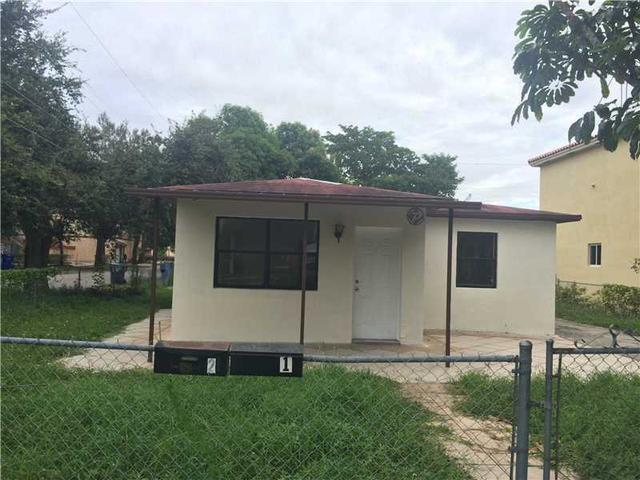 5647 Lincoln St, Hollywood, FL 33021