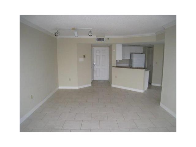 2351 Douglas Rd #1302, Miami, FL 33145