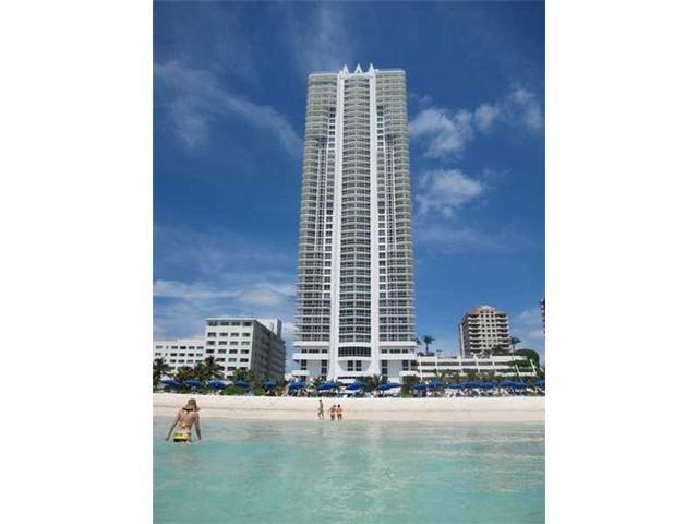 6365 Collins Ave #2304, Miami, FL 33141