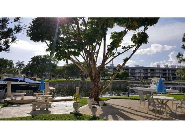 455 Golden Isles Dr #103, Hallandale, FL 33009