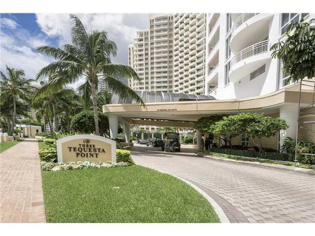 848 Brickell Key Dr #3101, Miami, FL 33131