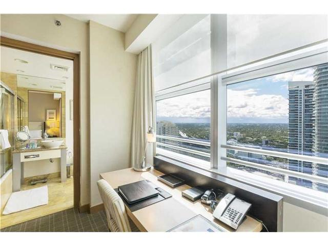 1395 Brickell Ave #3204, Miami, FL 33131