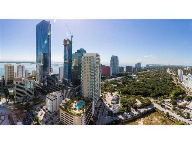 1300 S Miami Ave #3206, Miami, FL 33130
