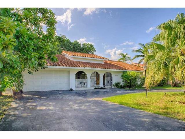 2430 SW 99th Ave, Miami, FL 33165