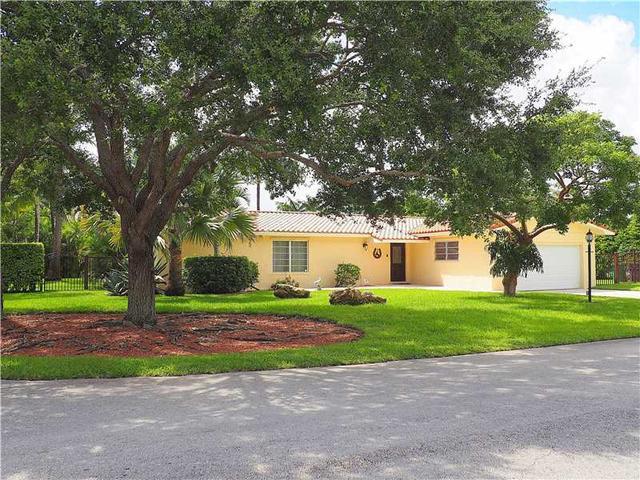10301 SW 121st St, Miami, FL 33176
