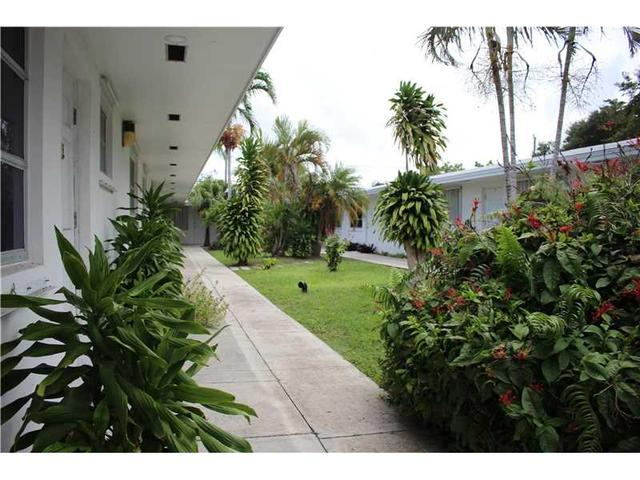 2236 Jackson St #1, Hollywood, FL 33020