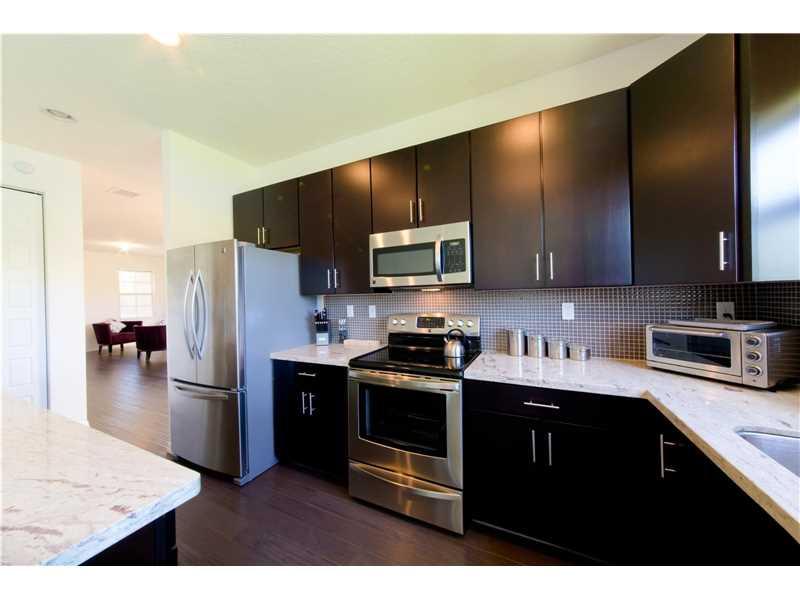 709 NE 193rd Terrace, Miami, FL 33179