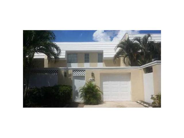 7386 Big Cypress Dr #7386, Miami Lakes, FL 33014