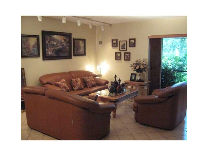 281 S Hollybrook Drive #103, Pembroke Pines, FL 33025