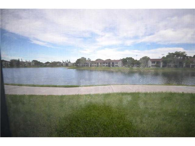 203 Lake Pointe Dr #102, Oakland Park, FL 33309
