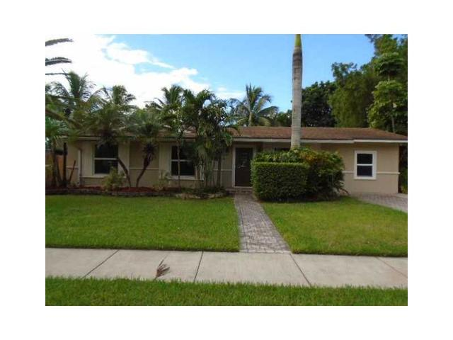 9020 SW 184th Ter, Cutler Bay, FL 33157