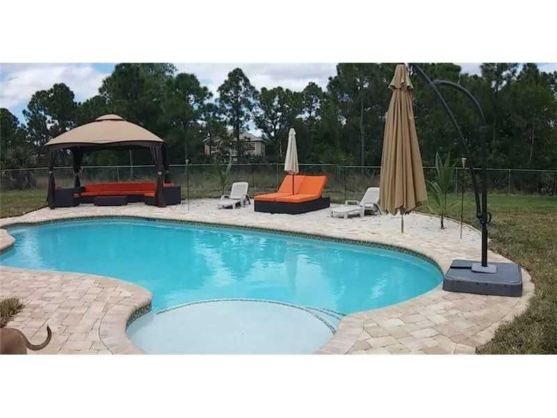 5453 NW South Crisona Court, Port Saint Lucie, FL 34986