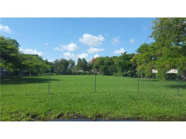 10780 SW 91 St, Miami, FL 33176