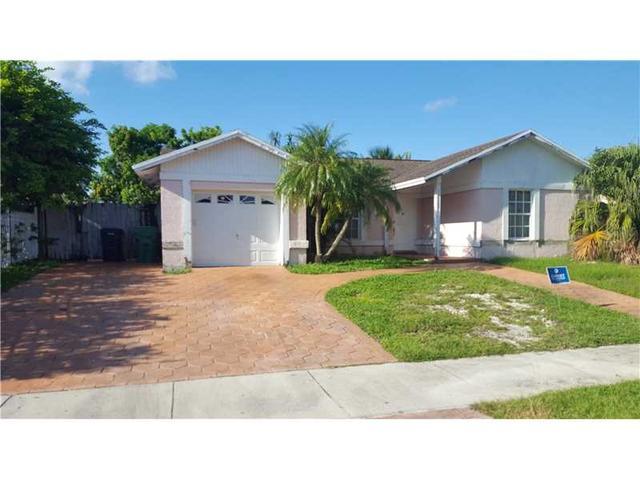 11323 SW 165th Ter, Miami, FL 33157