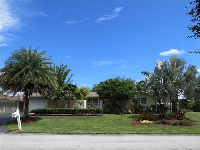 17215 SW 85th Ave, Palmetto Bay, FL 33157