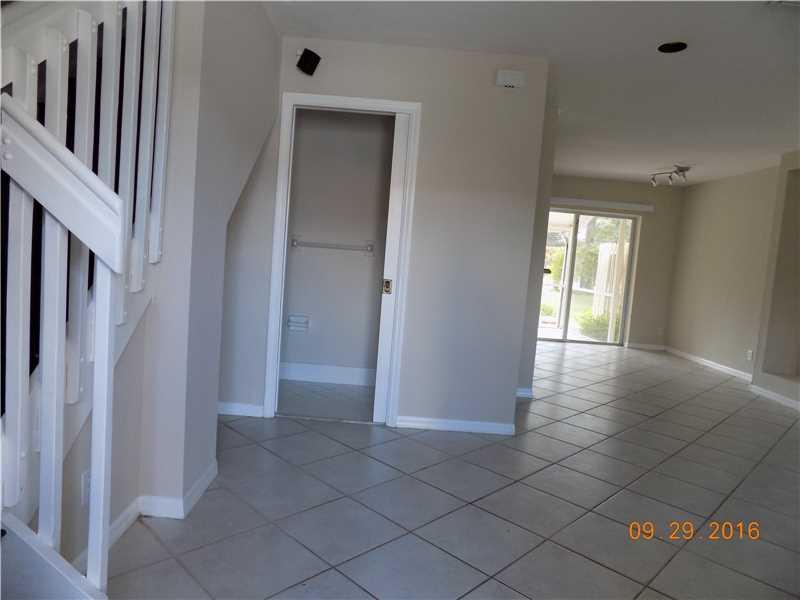 1483 SW 48th Terrace #1483, Deerfield Beach, FL 33442